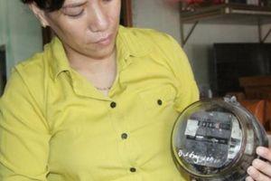 Hà Tĩnh: Kiểm tra HTX cắt điện khi dân phản ánh trên Facebook