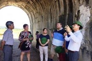 Cấp thiết tu sửa mái vòm, bảo tồn cổng phía nam Thành nhà Hồ