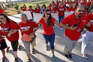Mỹ: Bang Arizona bác bỏ kế hoạch tăng đầu tư cho giáo dục