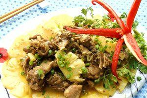 Món ngon mỗi ngày: Thịt vịt xào dứa nhanh gọn mà hấp dẫn
