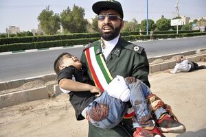 Bắt giữ 22 đối tượng liên quan tới vụ xả súng đẫm máu tại lễ diễu binh Iran