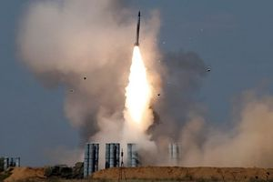 Nga có thể đã bí mật chuyển 'rồng lửa' S-300 đầu tiên cho Syria