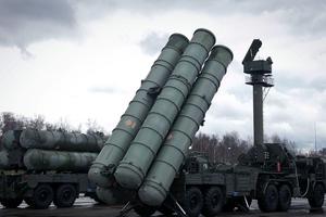 Nga bán tên lửa S-300 cho Syria, Mỹ cho là động thái 'leo thang đáng kể'