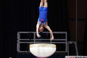 Lê Thanh Tùng đoạt HC Bạc Cúp thể dục dụng cụ thế giới