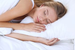 Ngủ và dậy đúng giờ mỗi ngày giúp ngừa nhiều bệnh