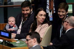 Con gái 3 tháng tuổi của nữ Thủ tướng New Zealand vào phòng họp LHQ