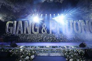 Đám cưới Trường Giang - Nhã Phương: Choáng ngợp với hoa và pha lê lấp lánh