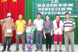 Kiên Giang: Hỗ trợ hộ dân bị sạt lở tại xã Vân Khánh Tây, huyện An Minh
