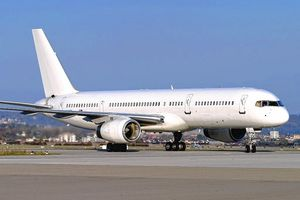 Tại sao phần lớn máy bay đều sơn màu trắng?