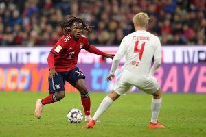Phung phí cơ hội, Bayern hòa thất vọng Augsburg 1 - 1