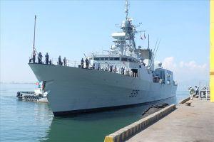 Tàu hải quân Hoàng gia Canada cập cảng Tiên Sa Đà Nẵng