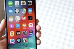 Fan Samsung cay đắng nhìn công ty tiếp tay Apple đánh bật Galaxy Note 9