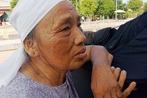 Người dân rơi nước mắt viếng Chủ tịch nước tại quê hương