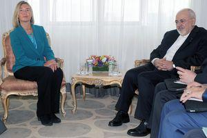 EU thách thức Mỹ, 'bắt tay' với Iran