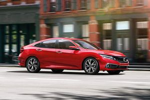 Honda Civic 2019 nâng cấp 'chốt giá' từ 474 triệu đồng