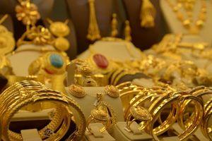 Giá vàng chốt phiên 26/9: Đồng USD tăng trở lại đẩy giá vàng lao dốc