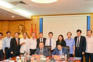 Hội Luật gia Việt Nam ký kết thỏa thuận hợp tác với bộ Tài nguyên và Môi trường