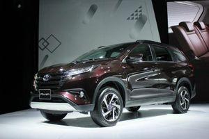 Cận cảnh Toyota Rush, đối thủ của Mitsubishi Xpander tại Việt Nam