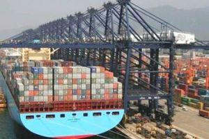 Cuộc chiến thương mại Mỹ- Trung làm mờ triển vọng tăng trưởng của châu Á