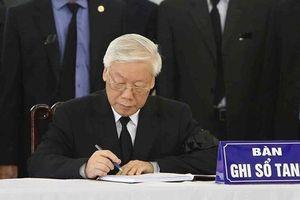 Lãnh đạo Đảng, Nhà nước ghi sổ tang Chủ tịch nước Trần Đại Quang