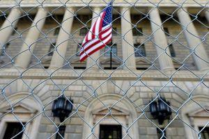 Mỹ bất ngờ đưa thêm 12 công ty Nga vào danh sách đen trong lệnh trừng phạt mới