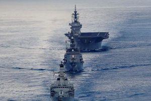Tàu chiến Anh tập trận với tàu Nhật trước khi tới biển Đông