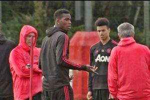 Mourinho và Pogba cãi nhau vì chuyện gì trên sân tập?