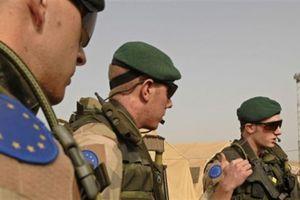 Pháp và Đức lục đục chuẩn bị rút khỏi NATO?