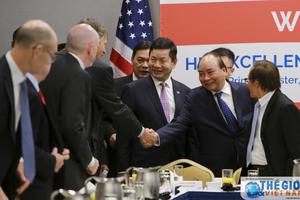 Thủ tướng dự tọa đàm với nhiều tập đoàn hàng đầu của Hoa Kỳ
