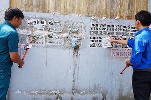 Quảng cáo 'rác': Kẻ dán – người gỡ