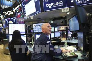 Chứng khoán Phố Wall giảm điểm sau khi Fed nâng lãi suất