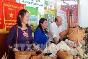 Phát triển thương mại biên giới Việt Nam – Lào