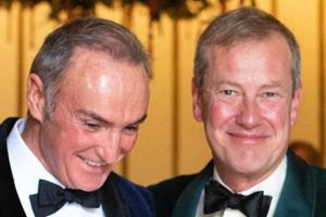 Đám cưới đồng tính đầu tiên trong lịch sử Hoàng gia Anh đã chính thức diễn ra