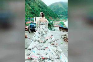 Thôn nữ may váy cưới từ 40 bao xi măng