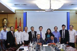 Bộ TN&MT và Hội Luật gia Việt Nam ký kết hợp tác