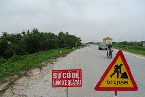 Khoái Châu (Hưng Yên): Bất chấp lệnh cấm, xe trọng tải lớn vẫn hoành hành tuyến đê xung yếu