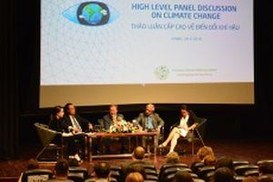 Hướng tới 'nền kinh tế carbon thấp'