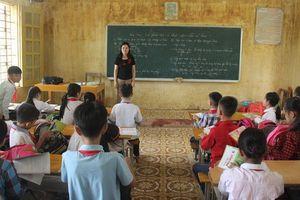 Trở lại trường học từng ngập chìm trong lũ