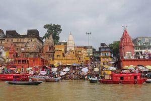 Sốc ở Varanasi
