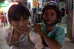 Hiệp sĩ Tân Bình bắt nóng tên cướp điện thoại trong đêm ở Sài Gòn