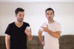 Cặp song sinh đánh lừa Face ID trên iPhone XS Max