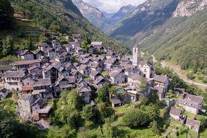 Biến cả ngôi làng thành khách sạn nghỉ dưỡng