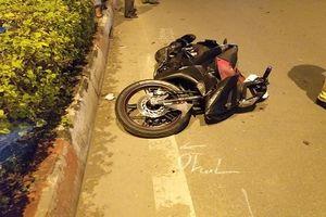 Băng qua đại lộ đẹp nhất Sài Gòn, cụ bà 72 tuổi bị xe máy tông tử vong