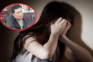 Giành quyền nuôi con sau ly hôn, cha đẻ nhiều lần xâm hại 2 con gái ruột
