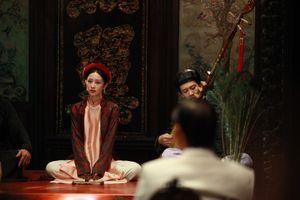 Jun Vũ đẹp mong manh với tạo hình ca nương trong 'Người bất tử'