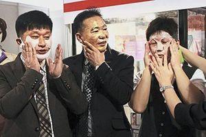 Trung Quốc: Xu hướng 'nữ tính hóa' giới showbiz
