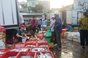 Nghi vấn thu tiền 'bảo kê' ở chợ Long Biên: Điều tra, báo cáo thành phố trước ngày 5/10