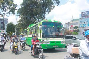 Thêm 2 tuyến xe buýt ở Sài Gòn ngừng hoạt động vì vắng khách