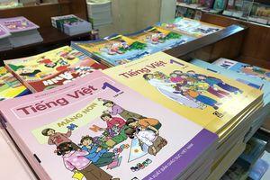 Bộ GD&ĐT lại khẳng định không cấm học sinh viết vào sách giáo khoa
