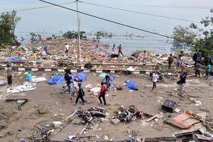Gần 400 người chết vì sóng thần cao 2 mét ở Indonesia do chủ quan?